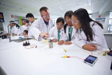 Primary Science in Secondary Lab